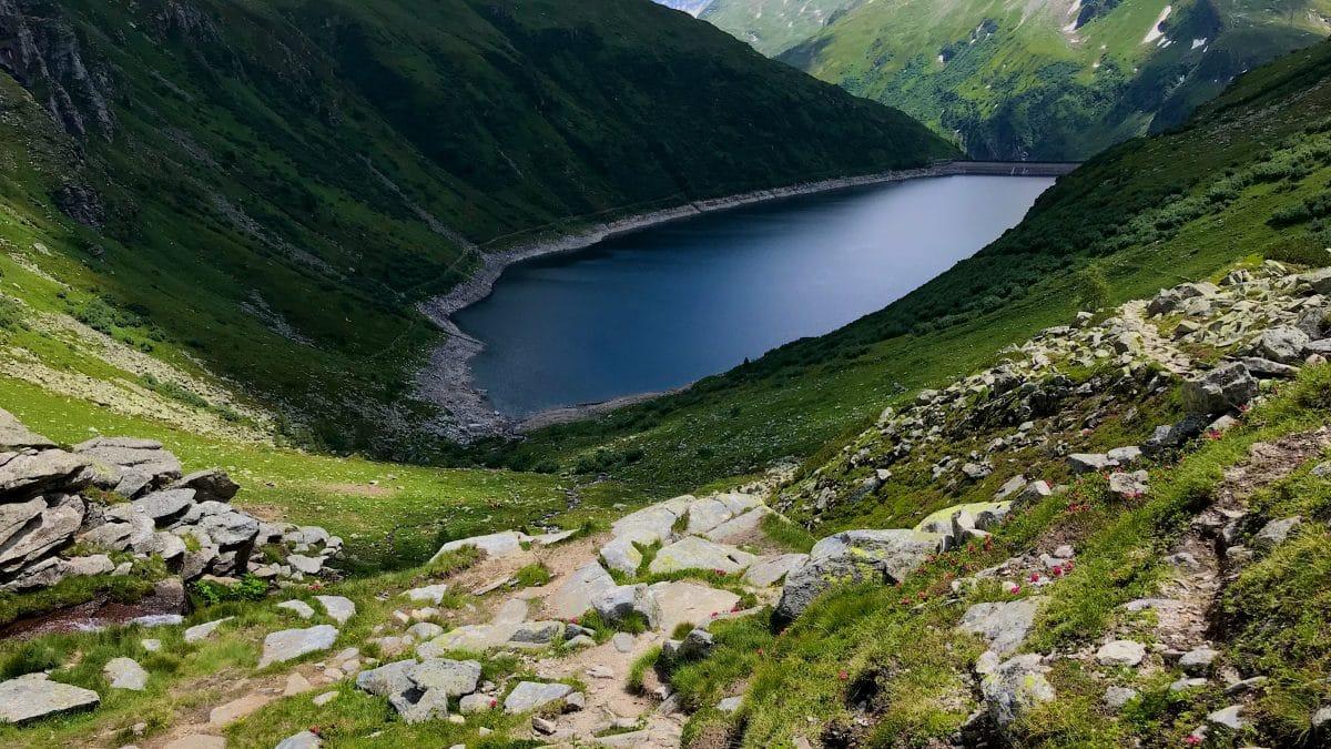Der untere Bockhartsee ist nachträglich zu einem Stausee umfunktioniert worden und wird zur Energiengewinnung genutzt.