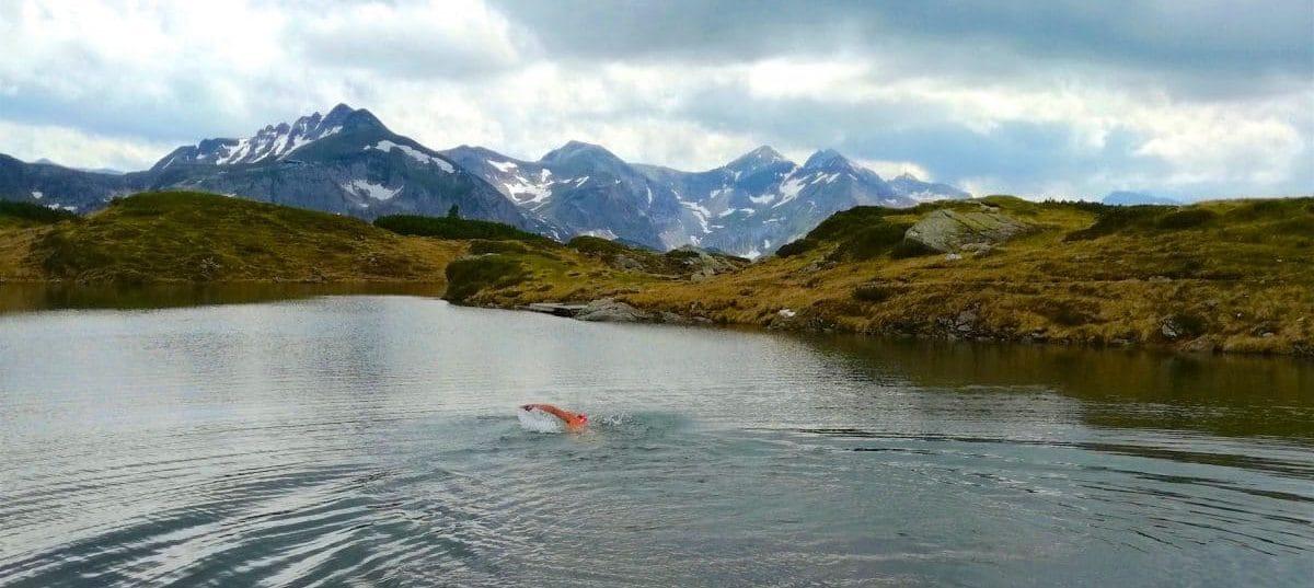 Mehr Spots wie den Krummschnabelsee, in Obertauern kannst du in meinem Blog alpine-swimming.com entdecken. Gleich registrieren.