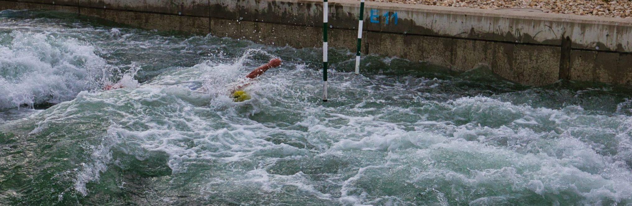 """""""Race the Channel"""" besteht aus einer Kombination von """"Slalom- und Regatta-Schwimmen"""""""
